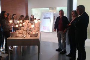 Exposição: Espaços Geométricos para habitar luz e cor
