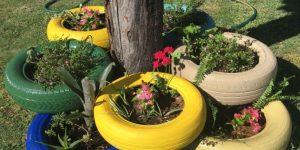Floreiras decorativas com pneus
